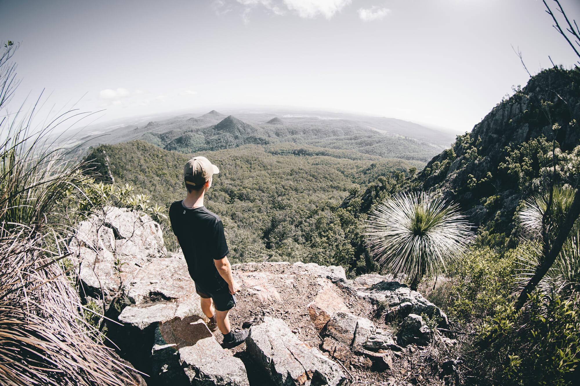 Flinders Peak Hike by Momo Frank